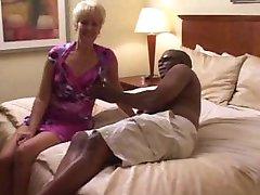 Swinger żona naturalne murzynem w hotelu