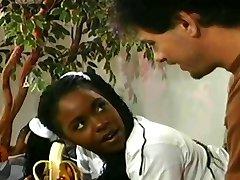 Lil' czarny nastolatek dostaje jej tyłek, Разоренных starszy facet