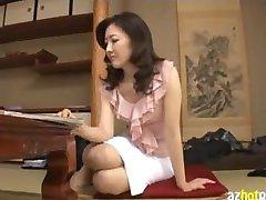 Lewd asiatische MILF / Reife Frauen Haarige Muschi Ficken
