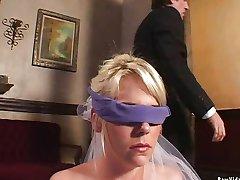 Die Braut Double Blowjob