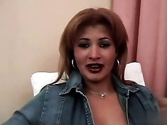 Dolly Colombiana Tetona