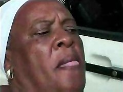 Grandmother Ebony 68 y Old fuckin young big black cock