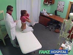 FakeHospital श्यामला में डॉक्टरों कार्यालय