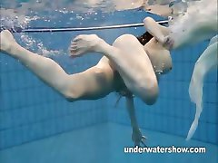 Andrea shows nice body underwater