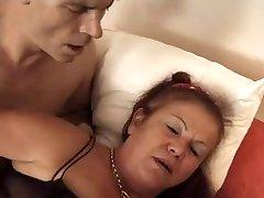 FRANSK MODNE 16 hårete anal mamma milf blond jente trekant