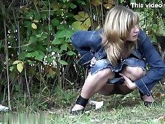 בנות משתין מציצן וידאו 42