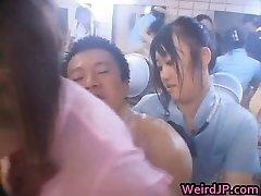 Aziatische gangbang sex actie