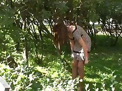 Outdoor Pantyhose Put on