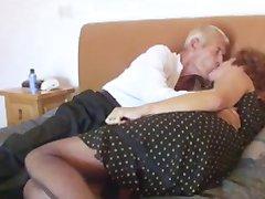 Роговой Бабушка Трахает Пожилой Человек