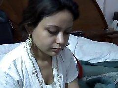 Sexy Paki Saira Khan Having Homemade Sex With Husband