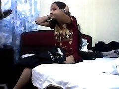 Young indian teen loosing her virginity