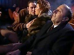 Gran Orgía en la sala de Cine