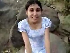 Sri Lankan Girl Give Oral Sex