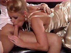 Rebecca - njemačka dama jeben dečki 2