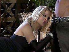 Super-cute blonde Alexis Texas