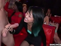 Young Asian Chick deepthroats Stripper