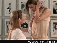 Русские лесбиянки девственницы 154