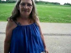 Grandma street prostitute blows in the van