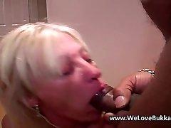 Aged mature wife does bukkake