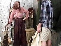 Old-school Grannie Movie R20