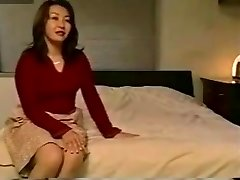 Mature Japanese Mom and not son-in-law Hotmoza