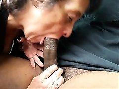 Hlad babička jíst velké černé péro