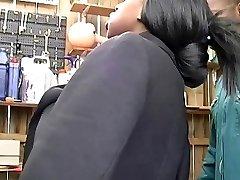 法国黑人女佣,干了在3some与巴匹偷窥