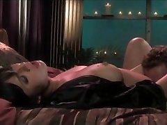 Big ass Ava Rose takes a penis pounding