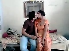 guy Ravi fellated neighvour girl rani total on hotcamgirls.in