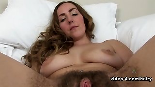 Sarah in Masturbation Video - ATKHairy