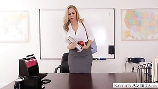 Appetizing huge-chested cougar Julia Ann is fucked right on the table by Johhny Mountain