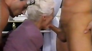 2 Fellows AND A DOUBLE PENETRATION FOR Granny