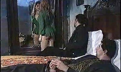 Sexy chick in classic porn vid 1