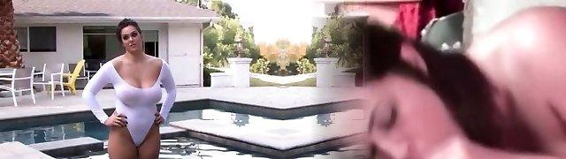Alison Tyler Hot Tub Behind-the-scenes