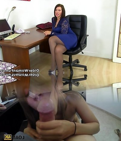 British milf Raven gets creamy for her fake penis