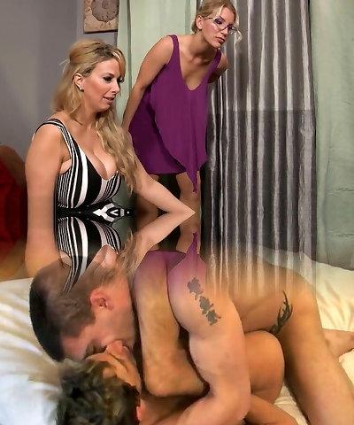 Порно Беременна