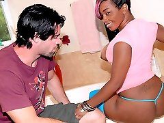 Bootylicious ebony babe roxanne gets her mega ass picked up at the mall in these hot reality porn fuck vids