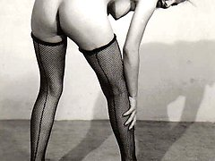 Fifties ladies showing ass