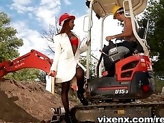 vixenx - Latina with big ass outdoor anal sex