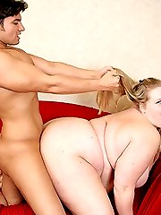 Naughty blonde fatty getting her hungry hole pounded