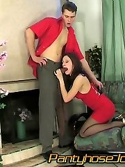 Sweltering chick gives great pantyhosejob before jumping on a hard boner