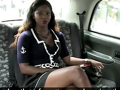 Black slut banged by fraud driver for a free taxi fare