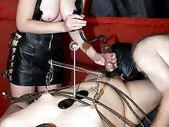 Mistress Sarah giant strap on bisex gallery