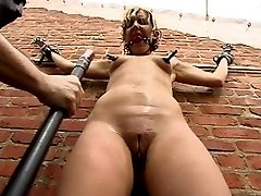 Jolene gets bored and horny while doing construction on the roof deck, and calls a friend to...