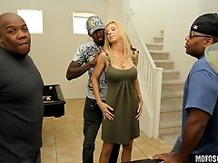 There's always money to be made; even when you and you crew are planning some time off. In rolls Brooke Tyler, the living definition of bombshell. Say's that someone used her credit card for our services but she had no idea what that meant. Let's just say that Brotha Jon Jon took his time to explain to her in private...