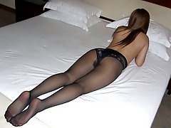 A ladies in pantyhose gall