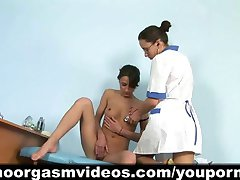 Gyno doctor helps her patient in reaching orgasm