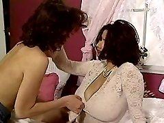 Hairy women lover