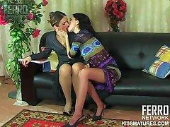 RUSSIAN MATURE MARTHA LESB 01