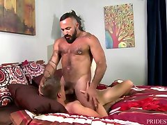 MenOver30 Bear Alessio Romero Ass Fucks Young